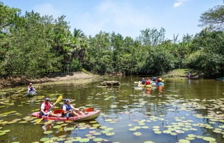 belize kayak