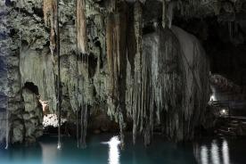 cenote-2299636_1920